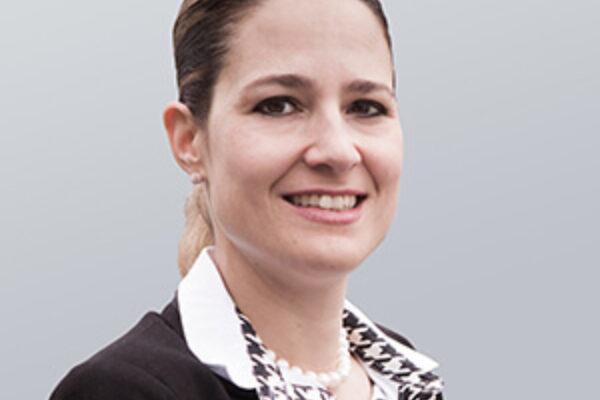 Dr. Esther Thahabi